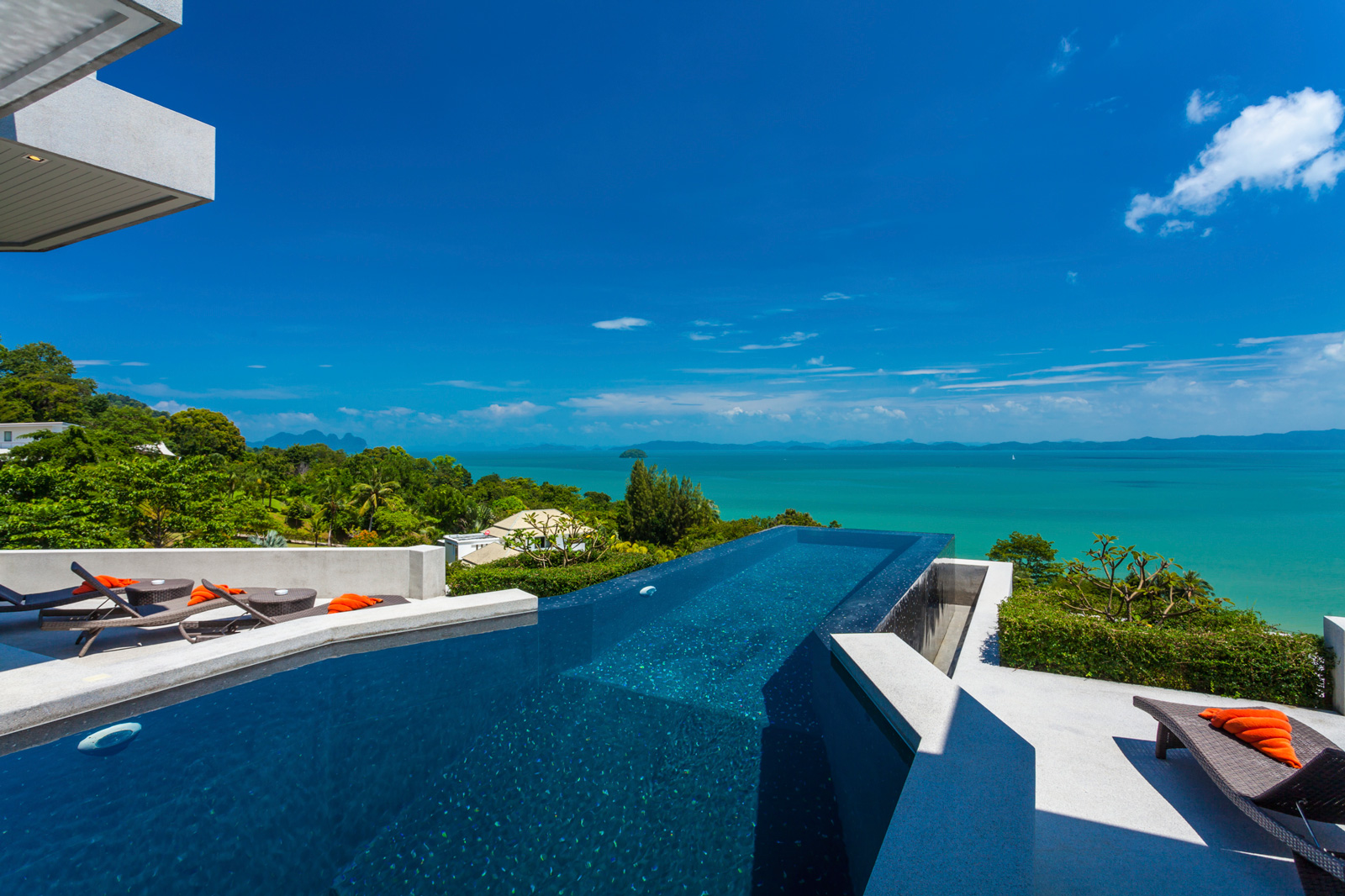 Swimming pool area villa leelawadee phuket - Swimming pool area ...